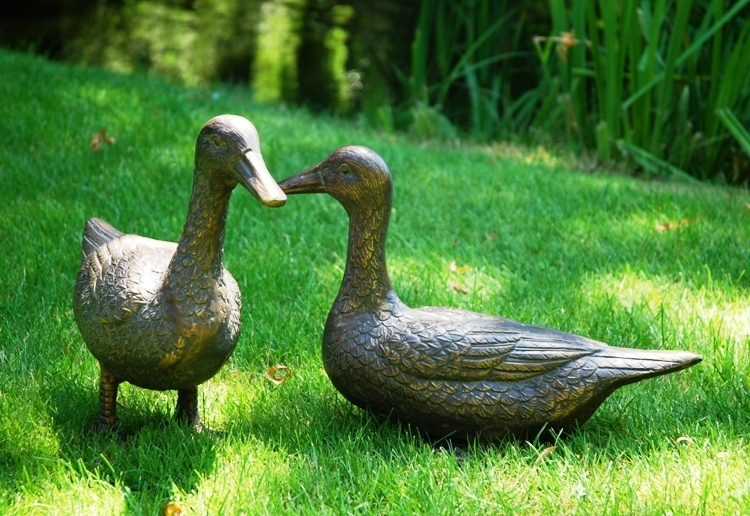 Bronze Ducks Garden Ornament Metal Ducks Garden Statue