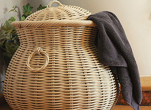 A-large-Cream-Alibaba-Laundry-basket_ml