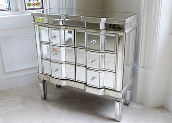 Mirrored-Chest-of-Drawers
