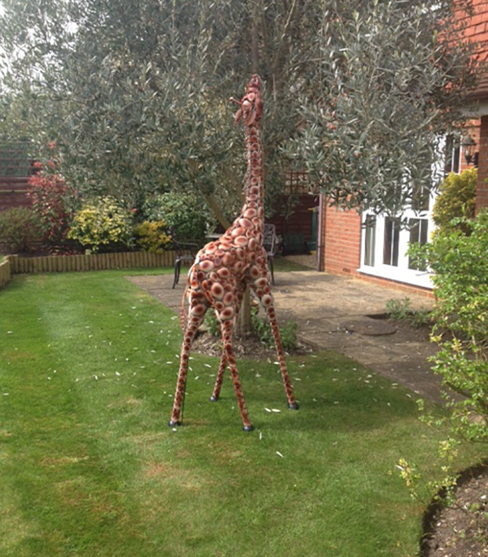 New protection and repair SCULPTURE GIRAFFE VARYING