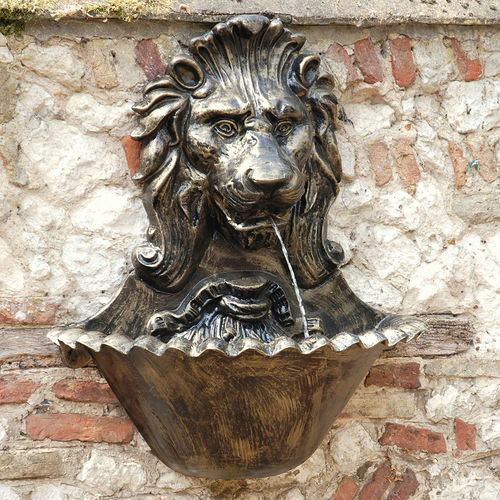 Lion Head Hanging Wall Fountain